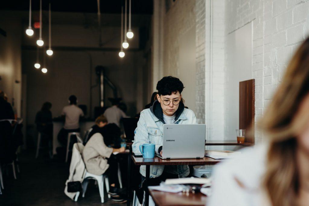 zarządzanie pracownikami zdalnymi